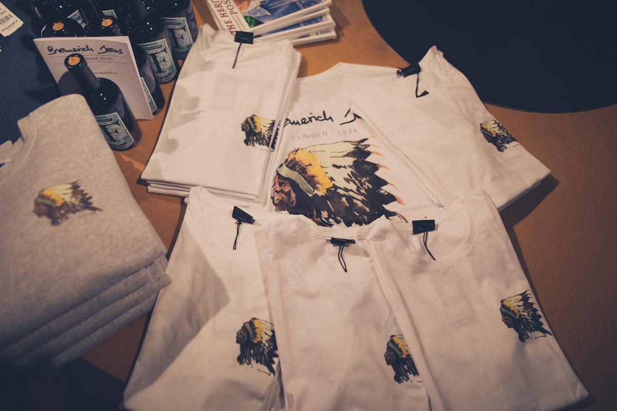 Neues Shirt aus der Kollaboration mit dem Maler Nicolas Coleman aus Utah/USA.